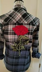 Men's size small flannel shirt